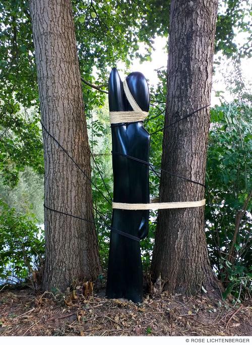 Abbildung: Skulpturen am Weg